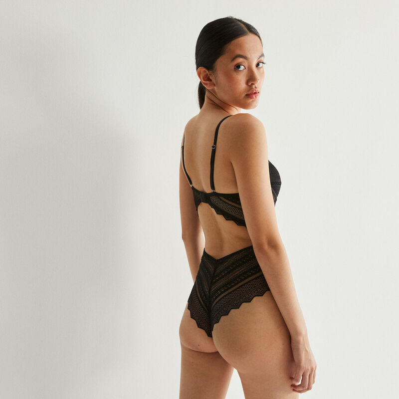 body push up calado con encaje geométrico - negro;