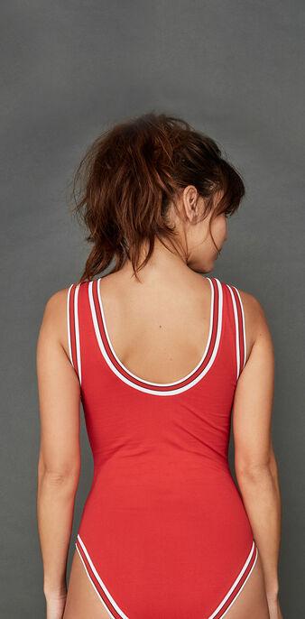 Body rojo bandiriz red.
