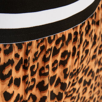 Short con estampado de leopardo realbetiz brown.