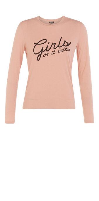 Camiseta de manga larga de pijama rojiz.