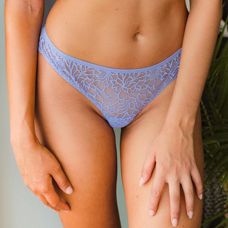 Braguita brasileña de encaje - azul cielo ;