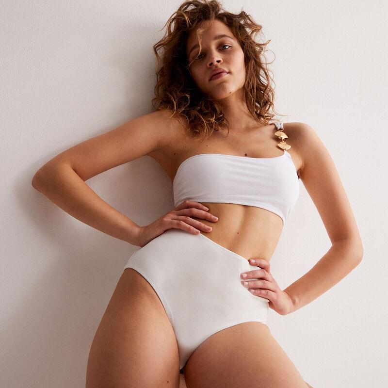 Parte de arriba de bikini asimétrica con tirante y joya de concha - blanco;