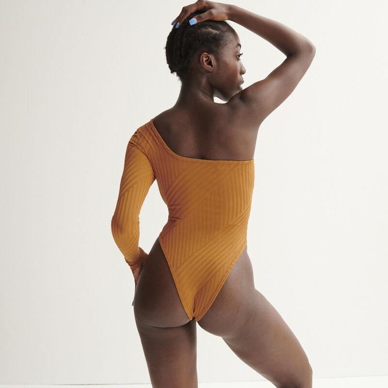 Body asimétrico Aya x undiz - caramel;
