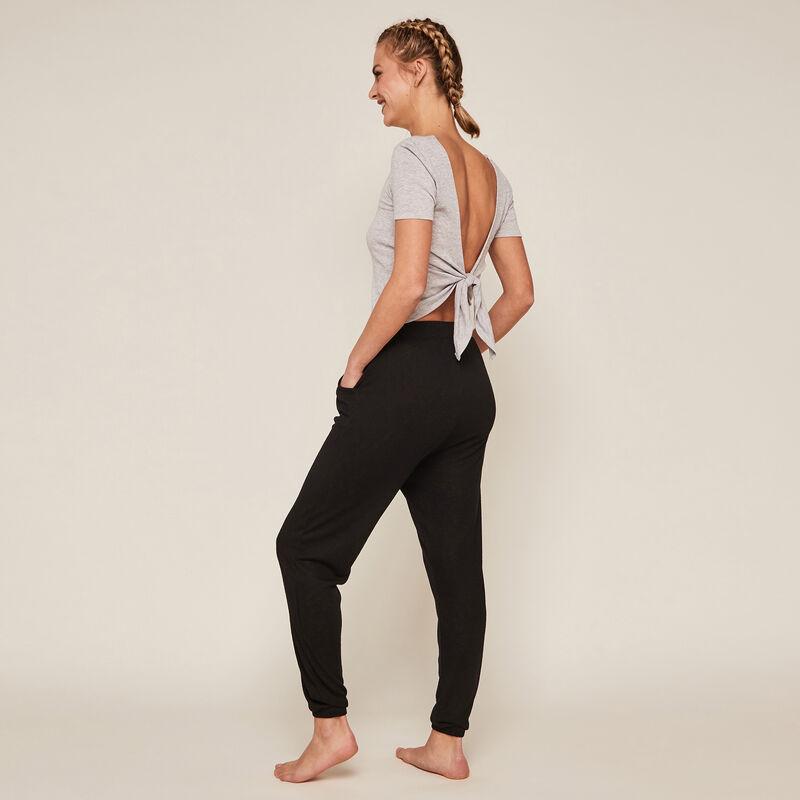 Pantalón con bosillos - negro ;