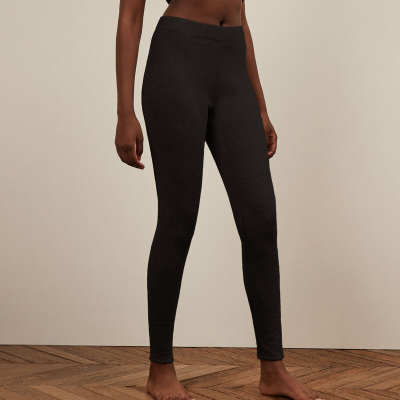 leggings de felpa - negros ;