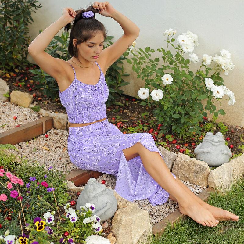 Pantalón ancho con estampado bandana - lila ;