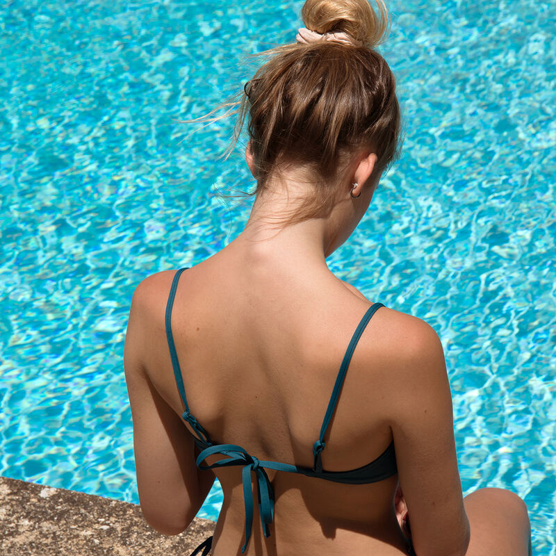 Parte de arriba de bikini súper push-up - azul pato;
