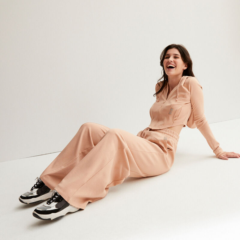 Pantalón ancho de talle fruncido con pinzas - marrón;