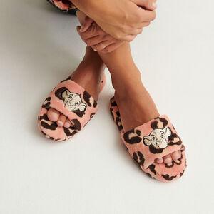 pantuflas con estampados del rey león - rosa