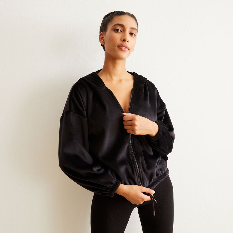 Sudadera con capucha - negra;