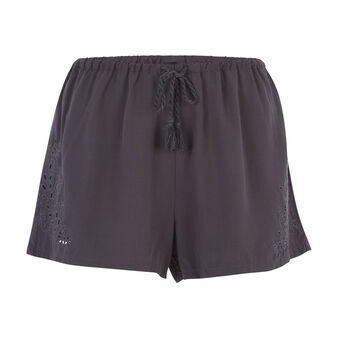 Short negro richeliz black.
