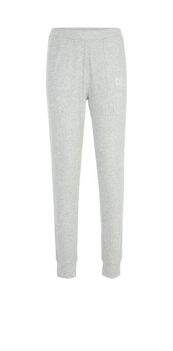 Pantalón gris claro loungepochiz grey.