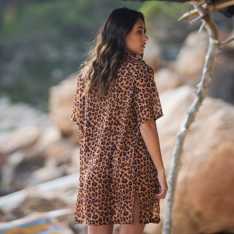 camisa de playa con estampado de leopardo - marrón ;