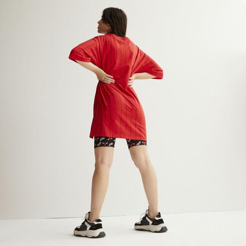 camiseta larga con cuello de pico chicago bulls - rojo;