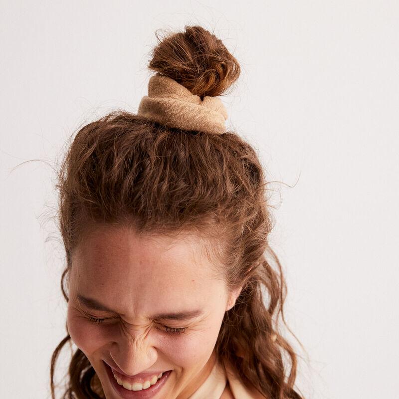 goma del pelo de terciopelo y esponja x Romy - beige;