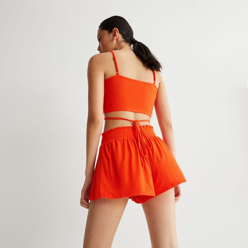 short acanalado con cintura fruncida - coral;