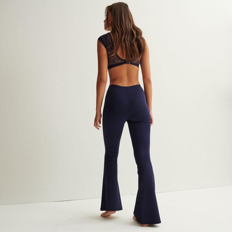 pantalón flare con detalle de anilla - azul marino;