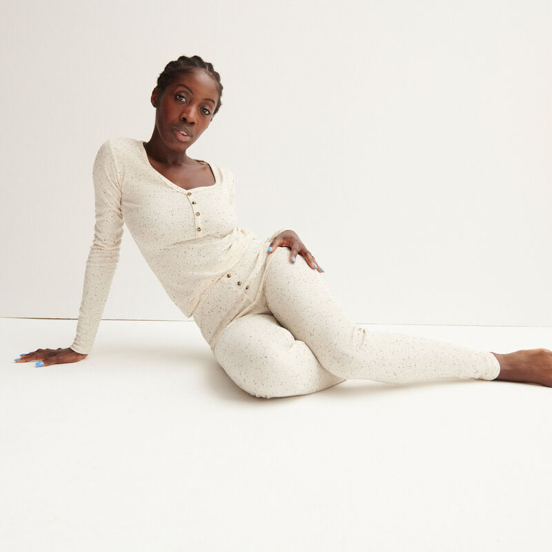 leggings acanalados moteados - crudo;