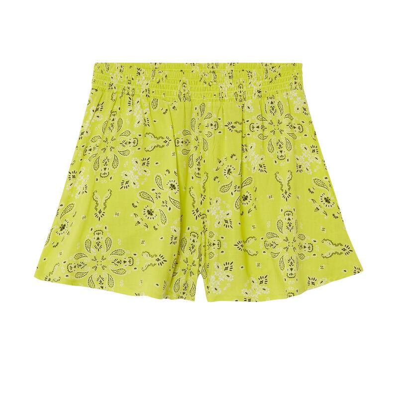 Shorts fluidos con fruncido en la cintura y estampado de bandana - verde;