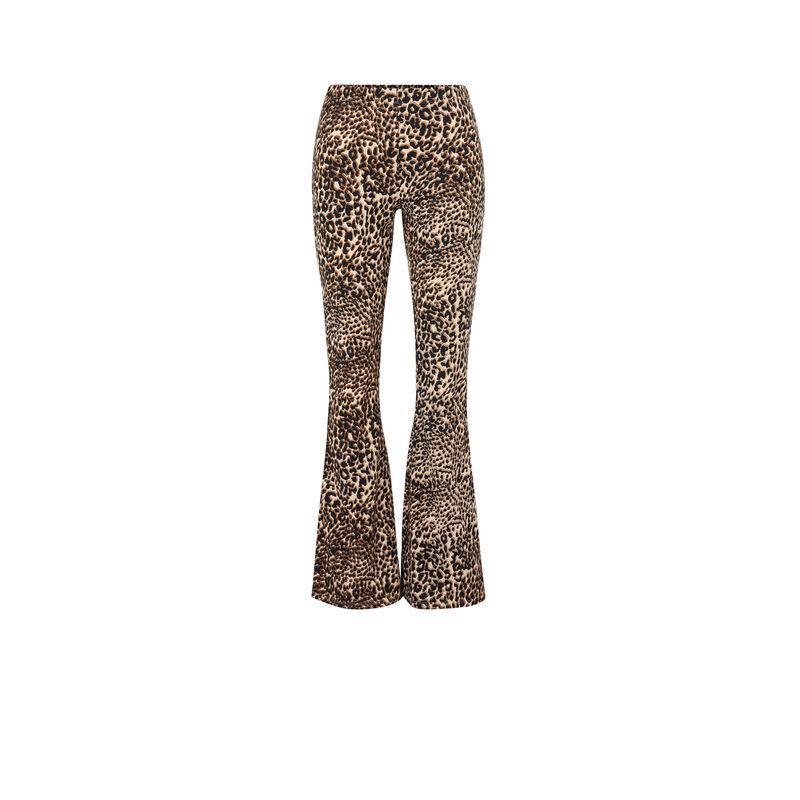 Pantalón flare con estampado de leopardo leoversiz;