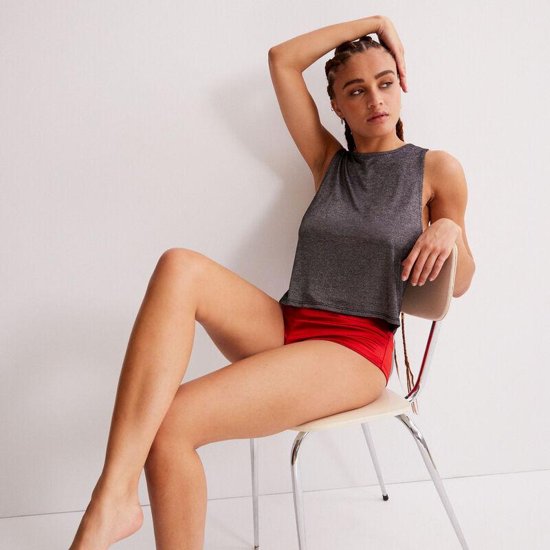 shorts brillantes efecto metalizado - rojo;
