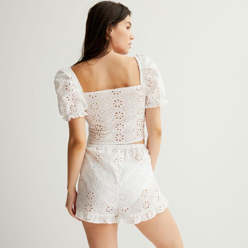 shorts con volantes y bordados ingleses - blanco;