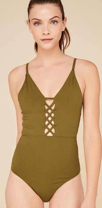 Body caqui laceiz green.